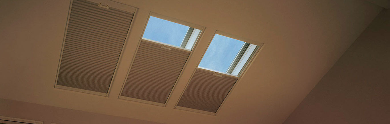 Luxaflex - Products - Unique Solutions - Skylights Bottom