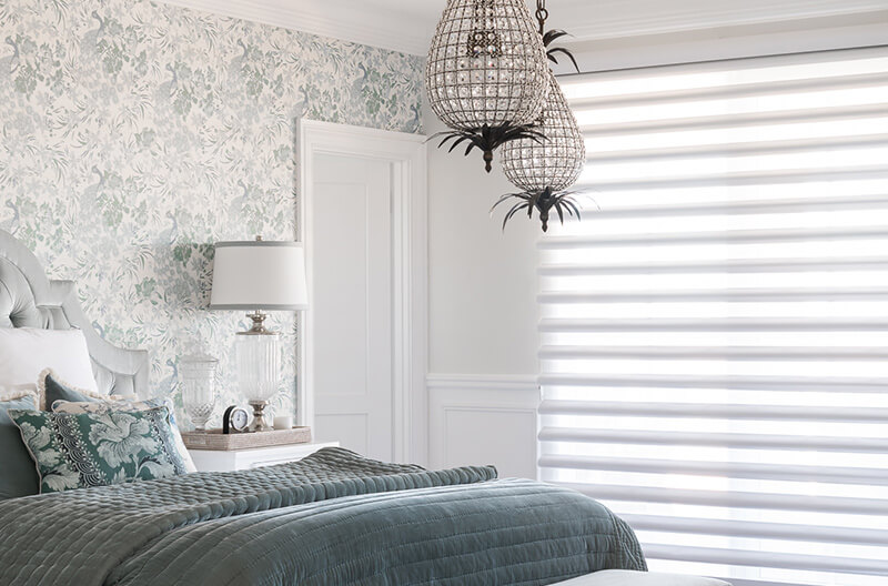 Luxaflex Pirouette Shadings in Bedroom featured in the Indah Island project.