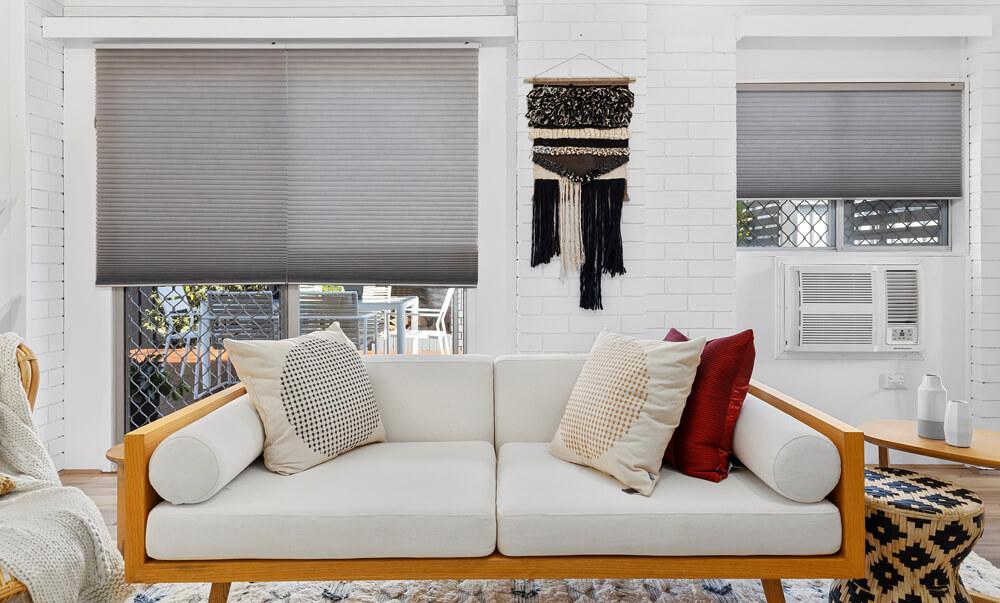 Selling Houses Australia - Season 13, Episode 8, Living Room