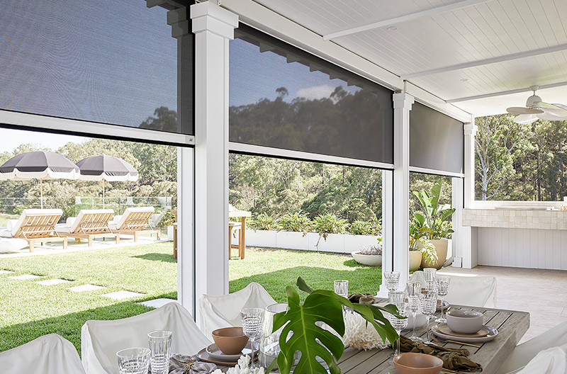 A series of Luxaflex Evo MagnaTrack Awnings creates the perfect outdoor living area