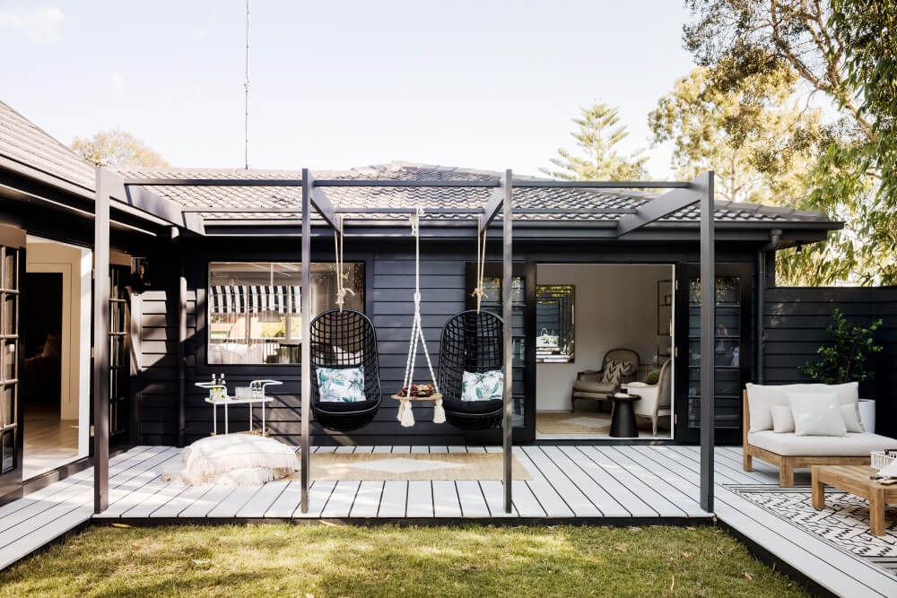 Luxaflex - Blog - Three Birds Renovations House 9 - 18 Alfresco1