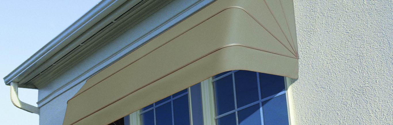 Luxaflex Showcase - Products - Exterior Collection - Canopy Awnings Bottom