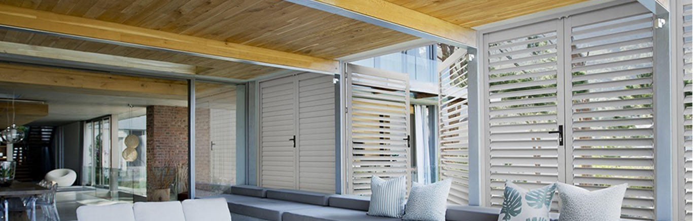 Luxaflex Showcase - Products - Exterior Collection - Metal Louvre Awnings Bottom