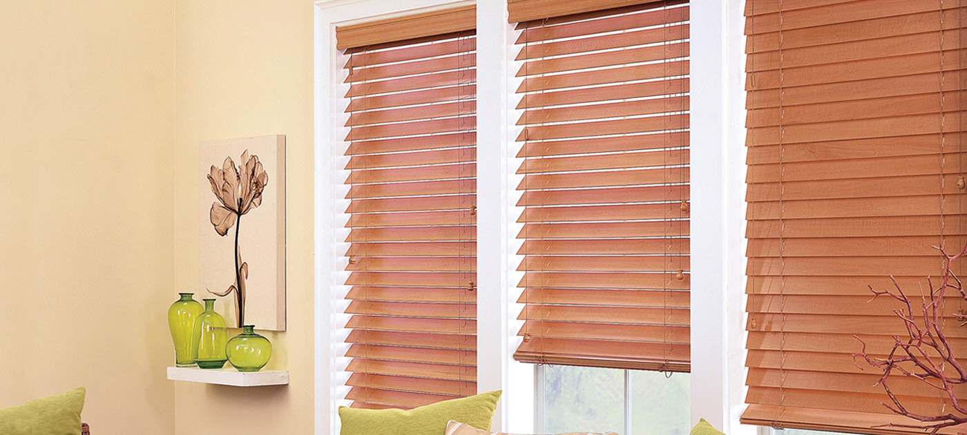 Luxaflex Showcase - Products - Shutters and Venetians - Country Woods Timber Venetians Banner image